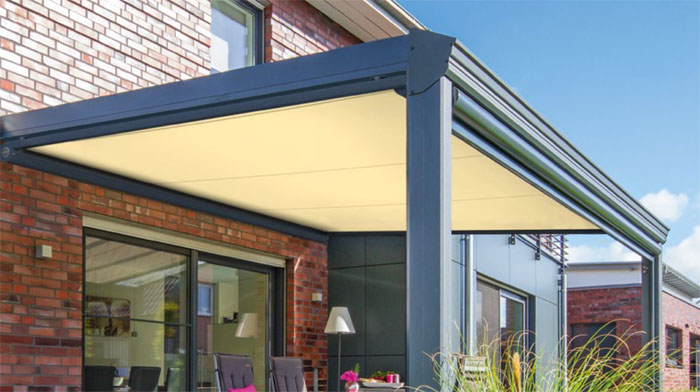 Markilux 889 retractable conservatory awning