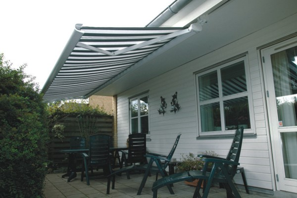 Markilux 5005 awning installed on underside of roof