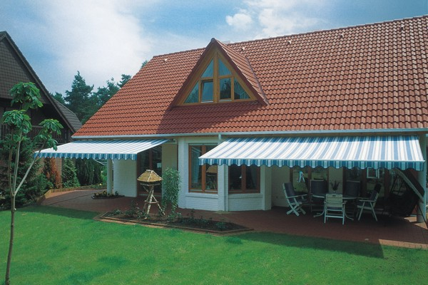 Markilux awning installed under bungalow eaves