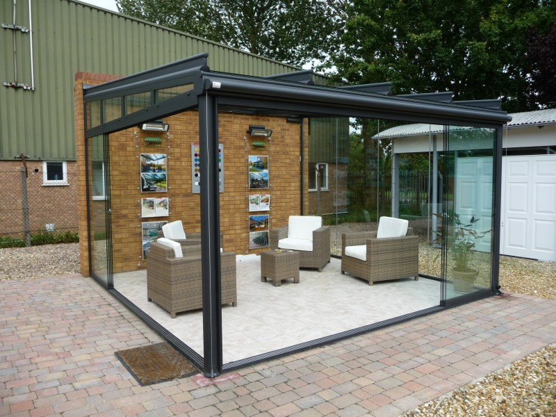2 post support glass garden room