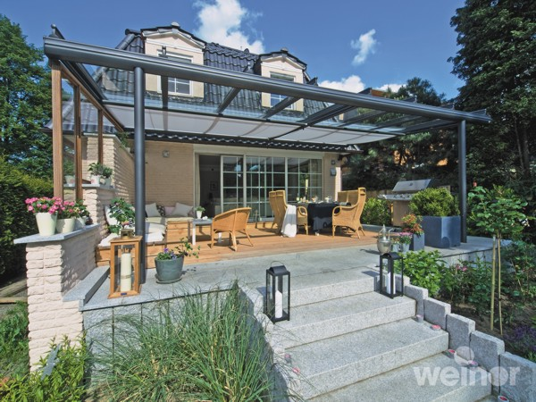 Weinor Terrazza installed on elevated patio terrace