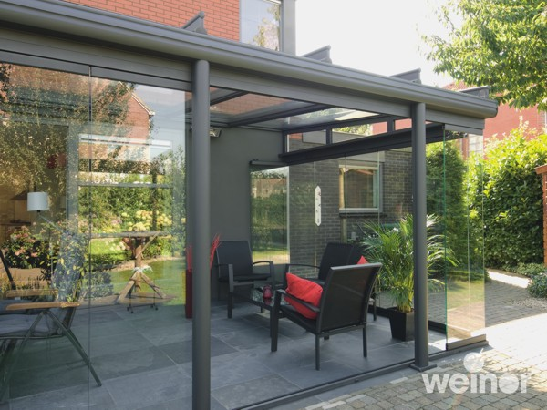 Anthracite Glass Room