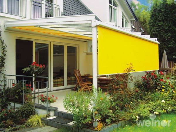 Weinor Terazza with retractable vertical awning
