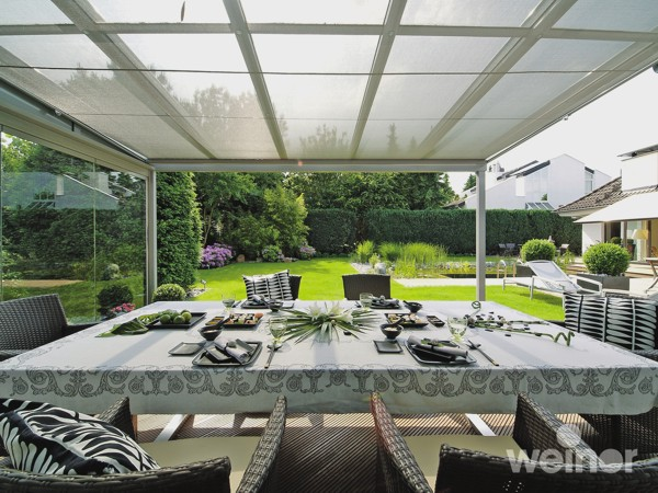 Weinor Terrazza with optional side glass panels
