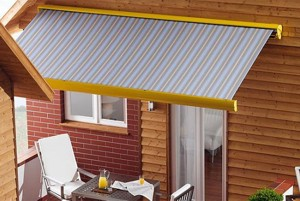 weinor semina patio awning in grey on brick and timber wall