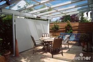 White-paravento-patio-dining-area