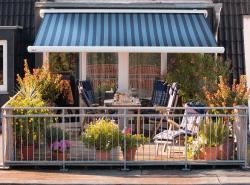 Striped-patio-awning