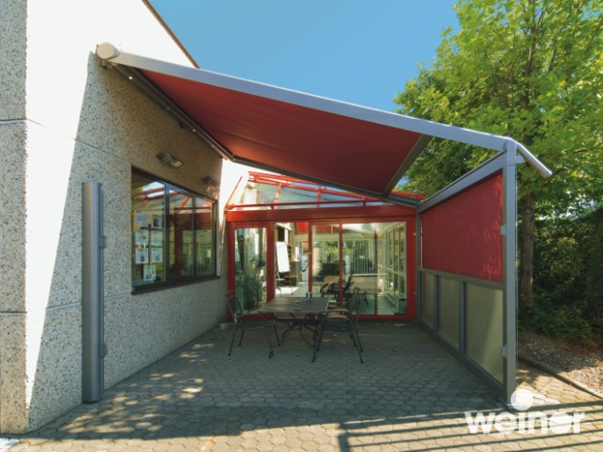 Weinor-Plaza-Pro-Retractable-Awning-Frame