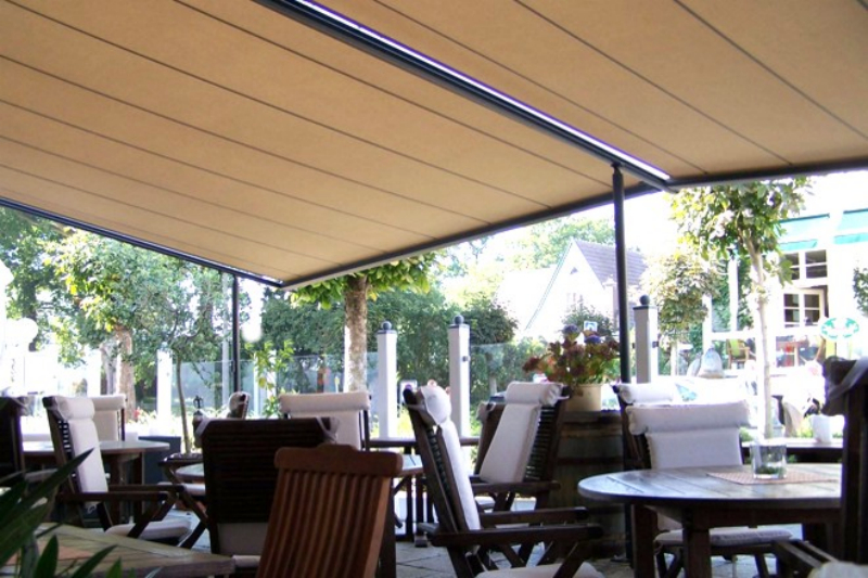 Large Retractable Pergola