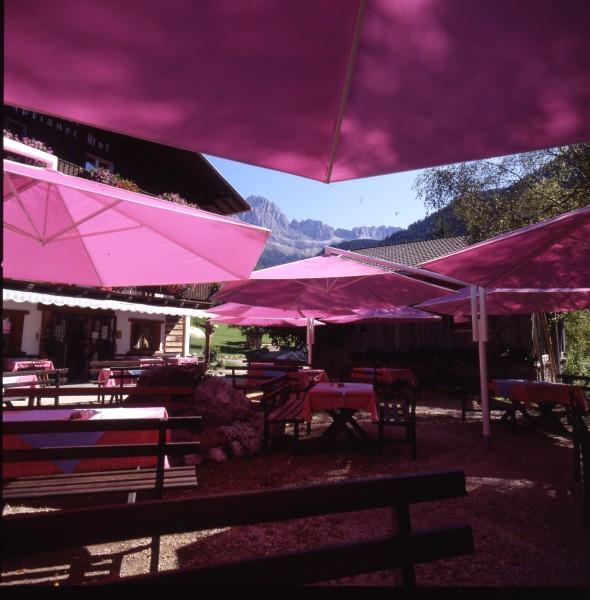 Commercial Large Umbrellas & Parasols