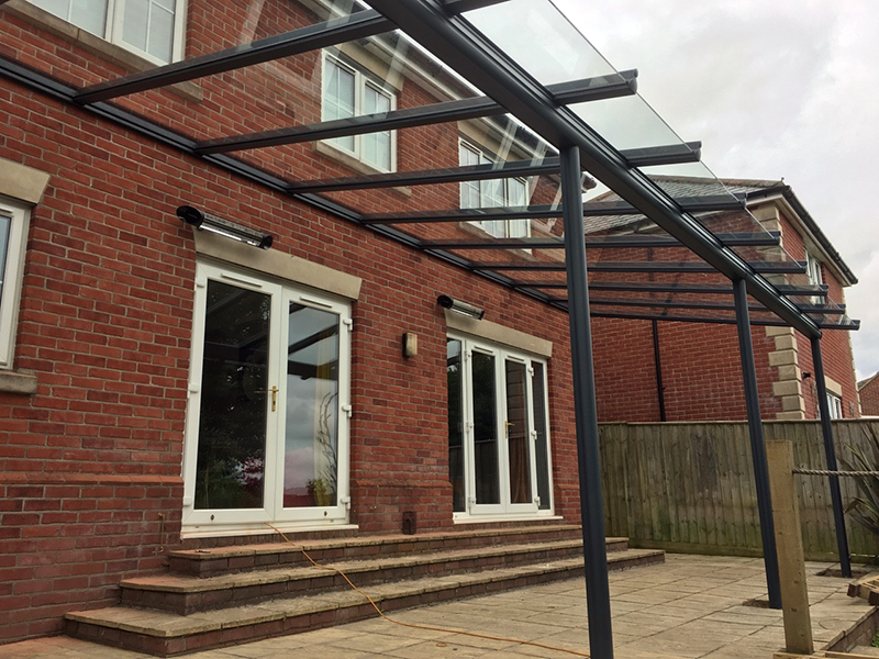 Veranda with Glass Overhang