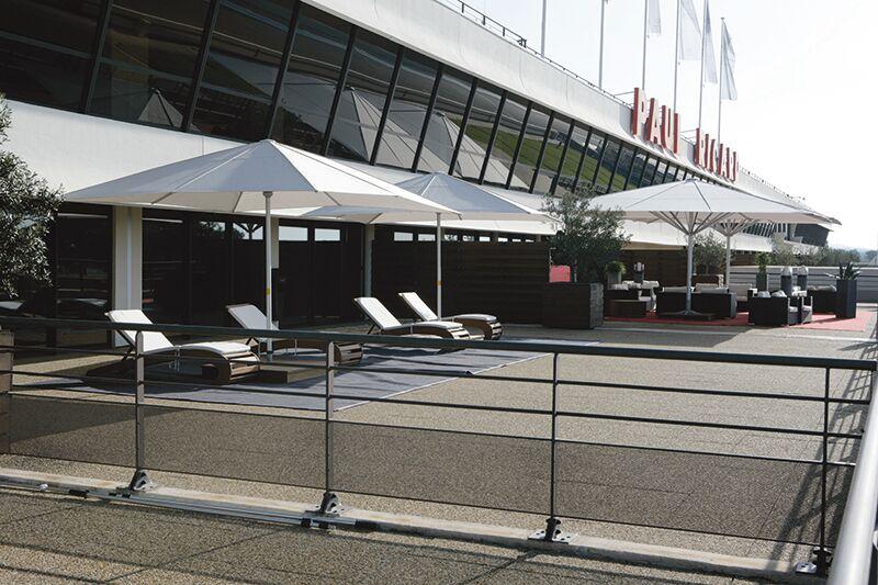 Paraflex Albatross at McLaren