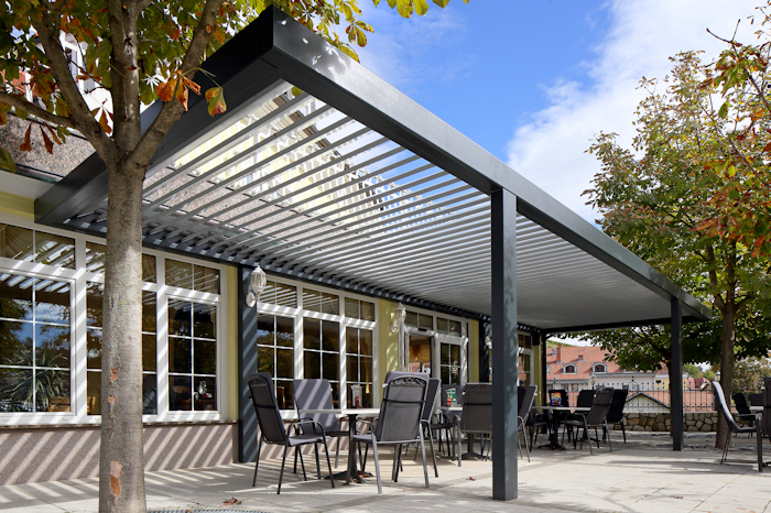 Milwood Pergola Agava off centre legs