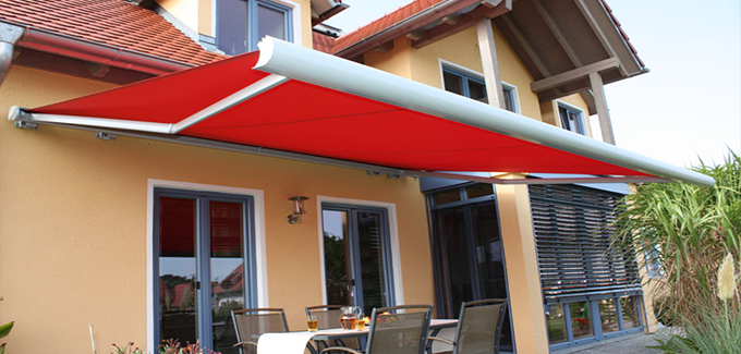 Red Erhardt C Awning