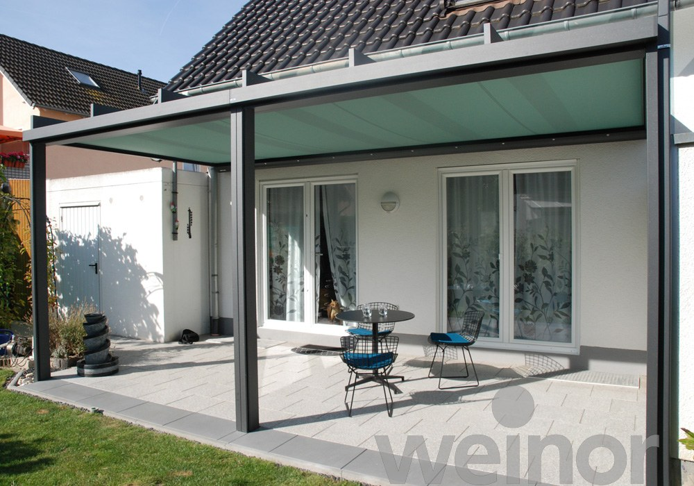 Terrazza Pure with Sottezza Awning